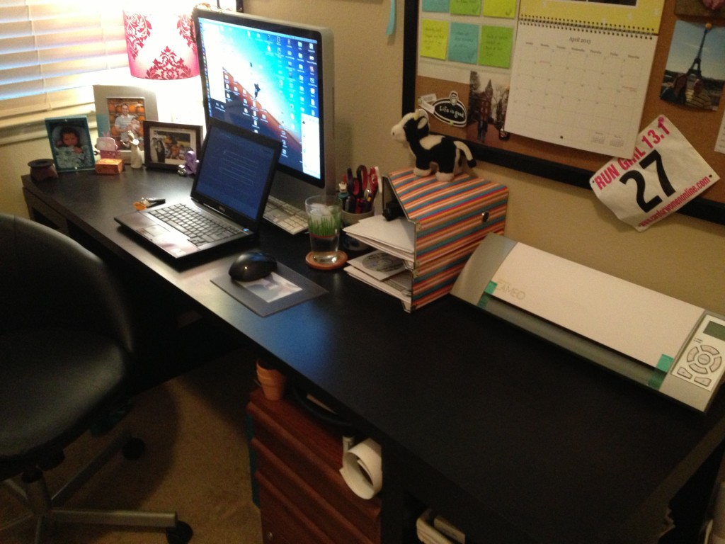 how to keep my desk clean