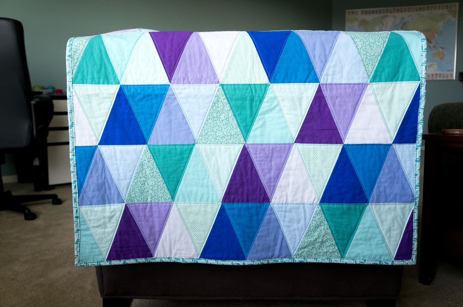Quilt Designs With Triangles : Finished Triangle Quilt