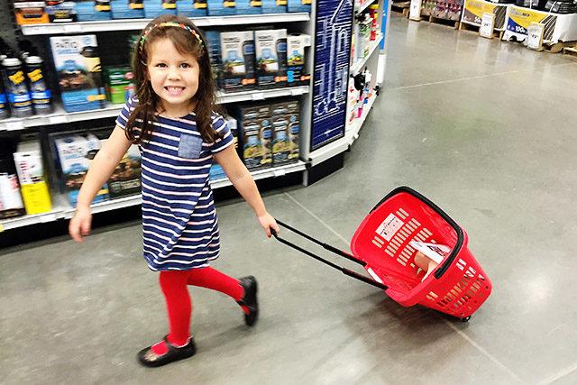 emma-pulling-cart